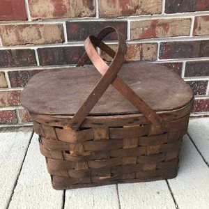 Picnic Basket with Bent Wood Handles Hinged Lid